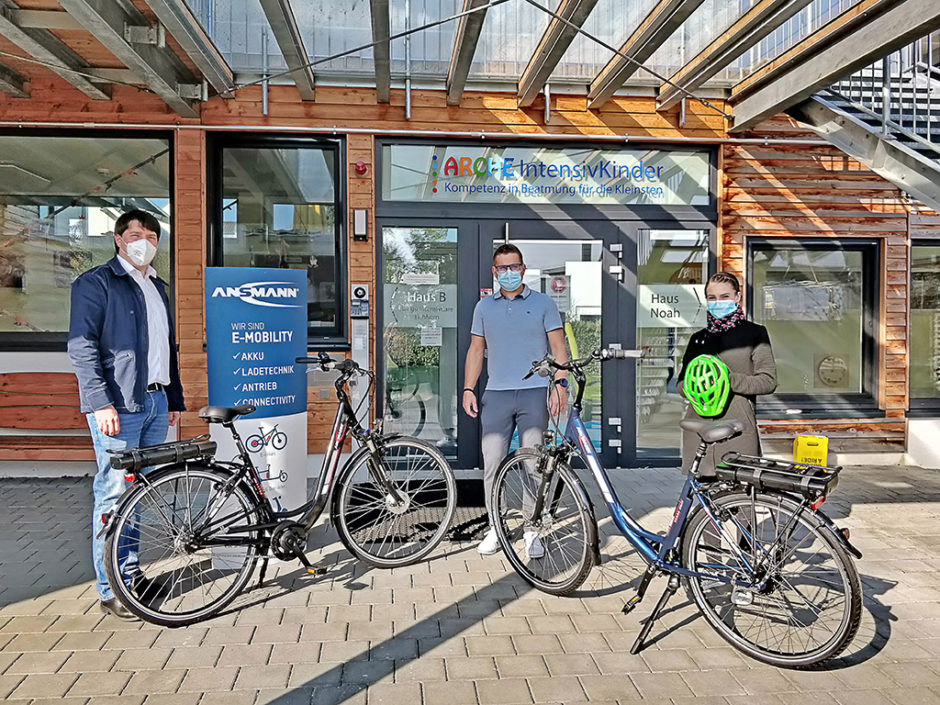 Spendenübergabe der ANSMANN E-Bikes an den Förderverein ARCHE Noah e. V.